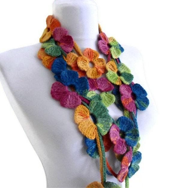 گل کمند بستن روسری، شال multicolor با الگوهای گل قلاب دوزی، دست ساخته شده، مد، هدیه، منحصر به فرد