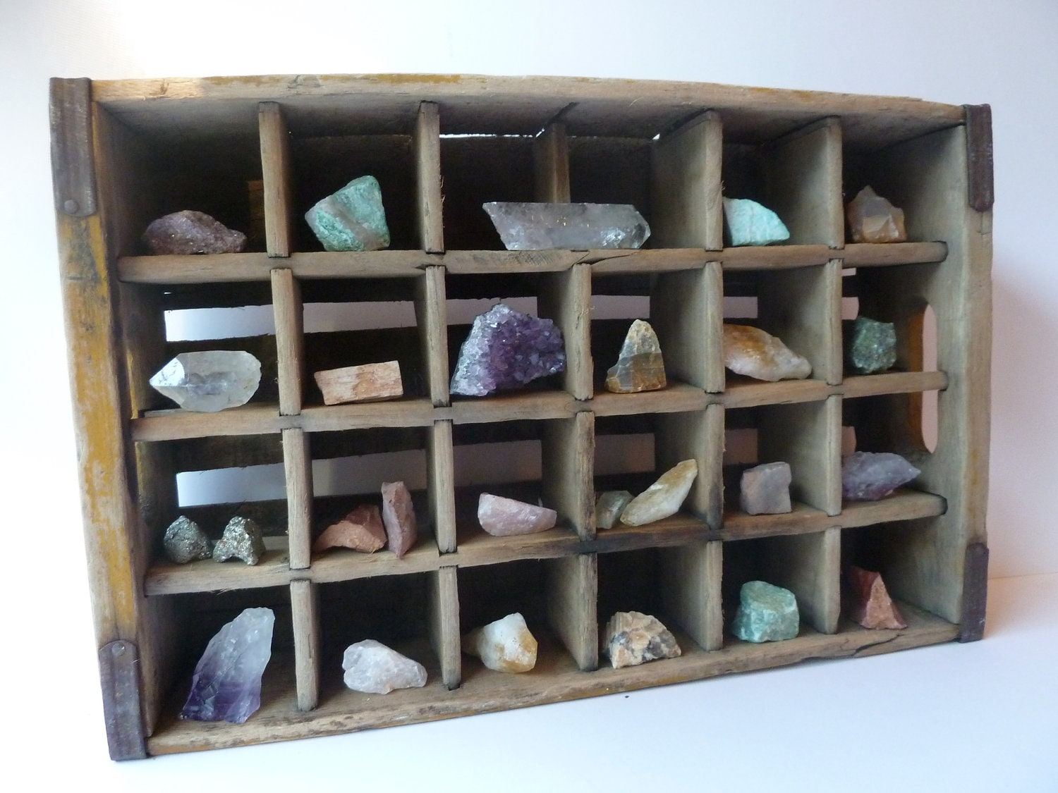 Crystal and rock collection rustic home decor crystal for Home decorations collections catalog