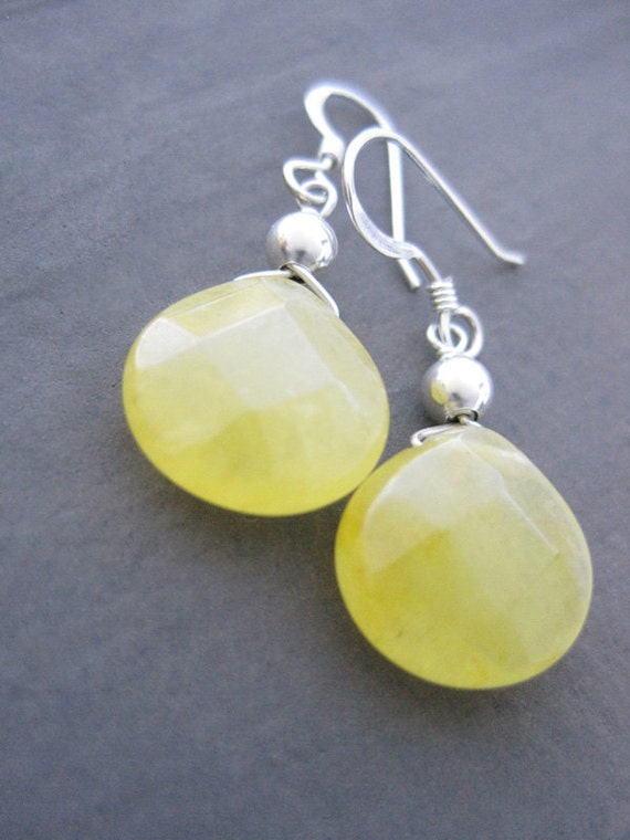 Dangle Earrings Yellow jade and Sterling Silver