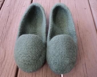 Knitting Pattern Slip On Slippers : PDF Mens Loafer Slipper Felted Wool Knitting Pattern