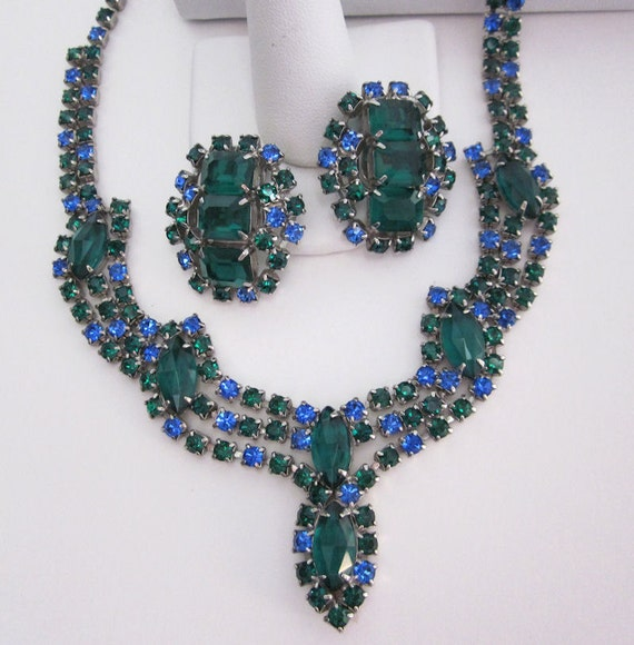 1950s Vintage Emerald Green and Blue Rhinestone Necklace and Earrings Set - Dressy, Party Mad Men Fashion Jewelry from JryenDesigns