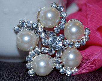 Crystal Pearl brooch - 1.75 silver metal rhinestone pearl clip pin wedding cake bridal bouquet decoration component - vintage Annabel  SB139