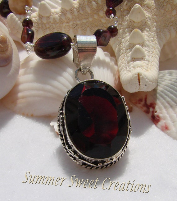 Designed Garnet Necklace and Earring Set with Fluorite