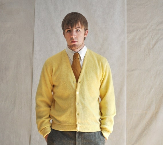 Autumn Yellow Cardigan. Vintage Button-Up Men's Woman's Yellow Sweater Medium. Eveteam