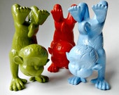 Three Little Monkey's Standing On Their Hands - Mini Yogi Art Centerpieces