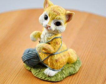 Nature's Friends Ceramic Kitten Figurine
