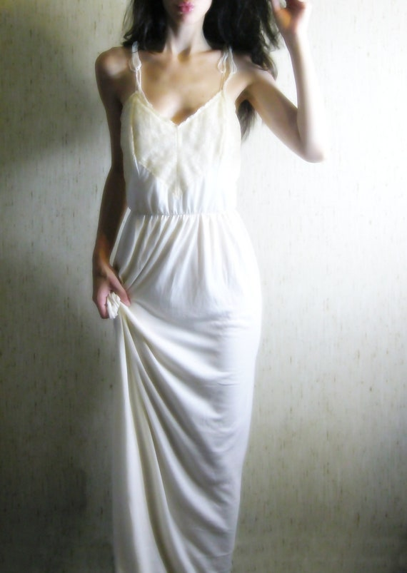 touch - vintage 50s revived stunning creamy ivory organic cotton bamboo lace maxi dress