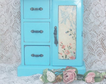 Vintage jewelry box  romantic french farmhouse style in distressed aqua