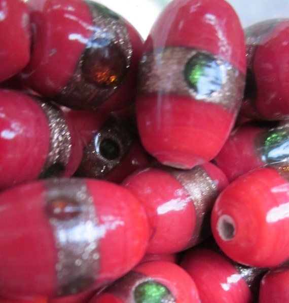 Vintage  Chinese Red And Gold Glass  Beads