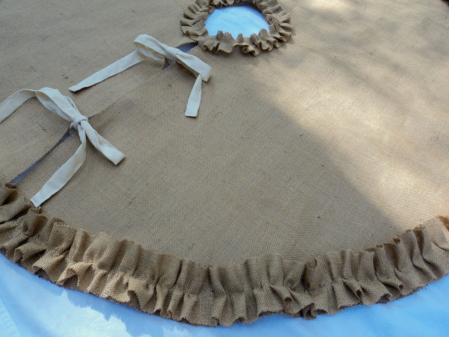 Choose Your Color Burlap Tree Skirt 52