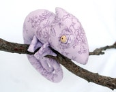 Lilac Chameleon stuffed toy - andreavida