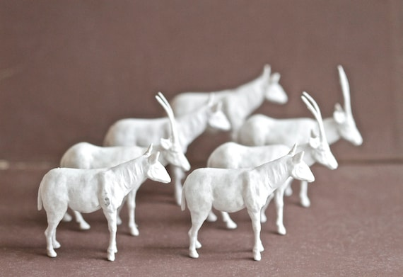 Instant Collection White Antelope Figurines - Miniature African Bongo - Set of 7
