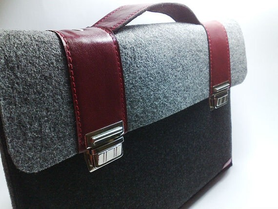 Back to School whit MacBook Pro 15 and MacBook Retina sleeve case felt briefcase with dark red leather straps holder cases cover
