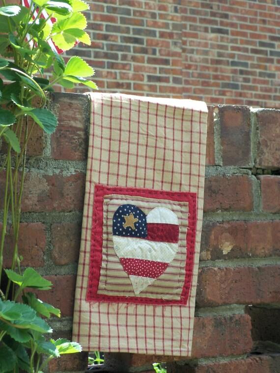 Quilted patriotic decorative tea towel