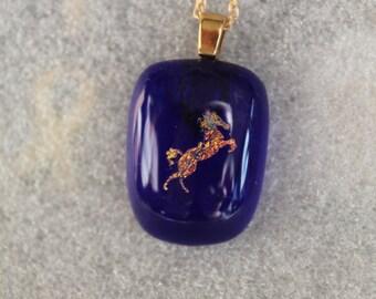 Dicro horse necklace