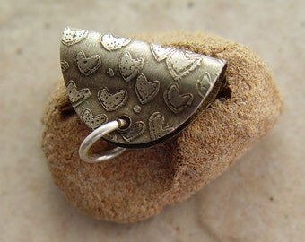 """Etched Nickel Silver Pendant Bail, .875"""" x .5"""", Hearts"""