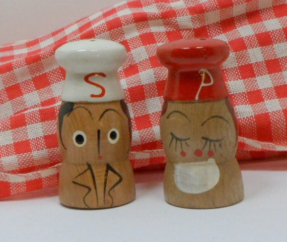 Mid Century Wooden Chef Salt & Pepper Shakers Hand Painted Japan Salty Peppy