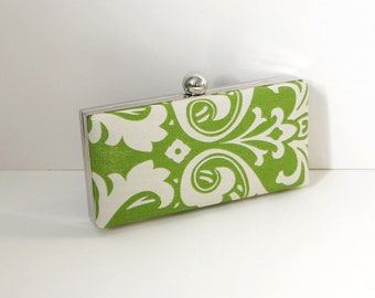 Chic Green Clamshell Clutch Purse
