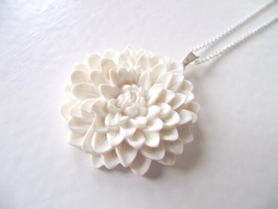 PENDANT NECKLACE - Large Ivory Chrysanthemum