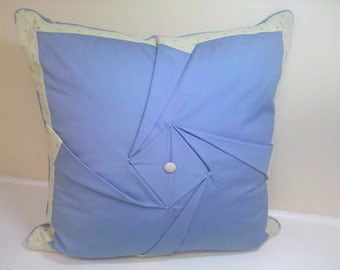 22 X 22 pinwheel pillow Blue pop
