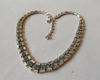 Vintage Blue Clear Glass Necklace Very pretty