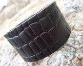 Leather Bracelet.Black Leather Bangle/Cuff Bracelet . Unisex