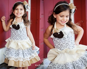 Beautiful Natural Ivory Ruffled Dress with lace and Flowers. Arm free.