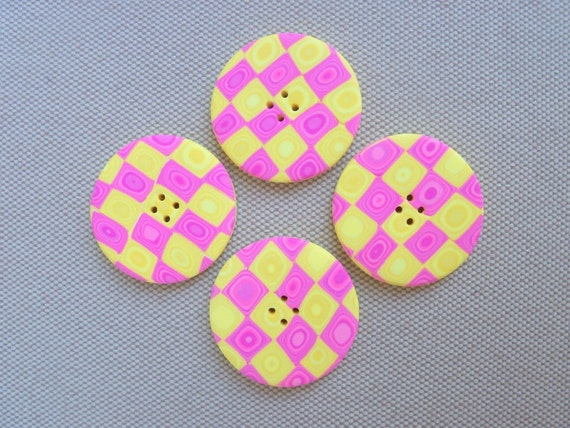 Handmade Buttons, polymer clay, 1 inch, set of 4, pink and yellow Klimt pattern