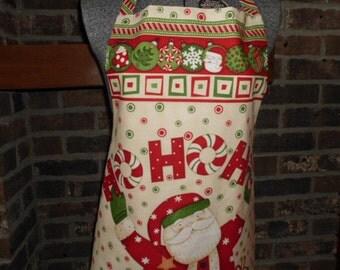 CIJ fabric panel to make this Santa Christmas Ho Ho Ho holiday apron easy sewing project
