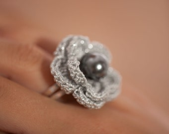 Hand crochet ring Dove grey with a pearl
