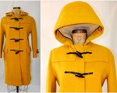 vintage gloverall duffle coat // bright mustard yellow // hooded // horn toggles
