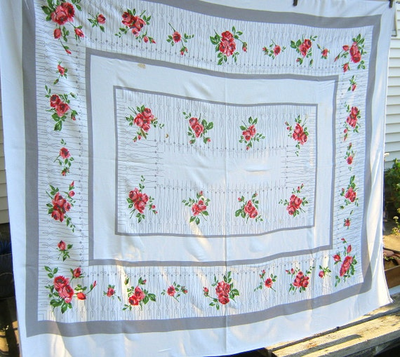 Vintage Pink Roses Tablecloth Rose Bouquets Table Linens Retro