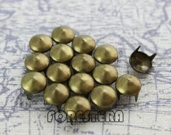 400Pcs 8mm Antique Brass CONE Studs Metal Studs (BC08)