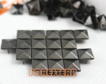 10mm Gunmetal Pyramid Stud Punk Rock Leathercraft Stud (GP10)