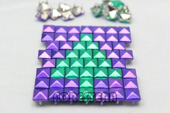 50pcs 10mm purple green mix color pyramid studs m pg10. Black Bedroom Furniture Sets. Home Design Ideas