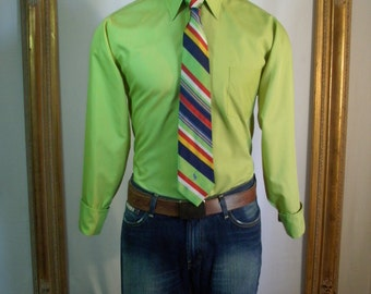 CLEARANCE Vintage 1970's Green French Cuff Dress Shirt - Size Medium (15 1/2)