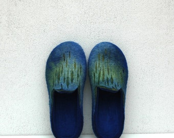 Felted slippers Blue green Men women unisex Men's shoes Home shoes Traditional felt Handmade slippers 100% wool Men slippers Gift for him