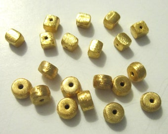 SALE beads gold vermeil brushed beads square 5x4.5mm - 1 pair