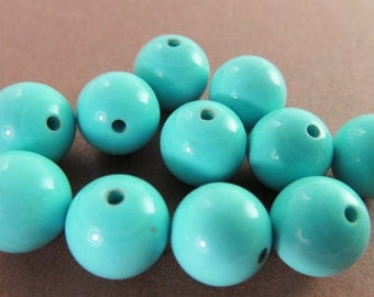 30 Vintage 10mm Turquoise Blue Round Lucite Beads Bd231