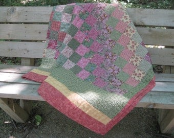 Pink and Green Twin Bed Quilt