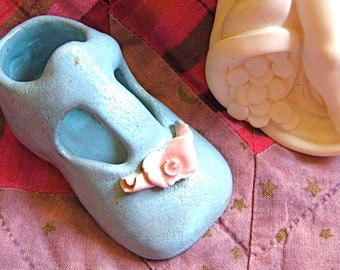 50% OFF 1960's Blue Ceramic BABY SHOE With Roses