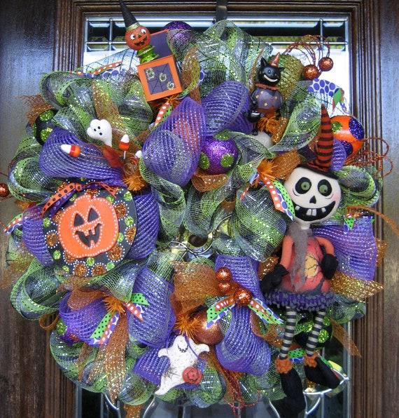 HAPPY, HAPPY HALLOWEEN Deco Mesh Wreath