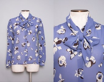 Pussy Bow Blouse Floral Secretary Top 1980s Vintage Size Medium Large