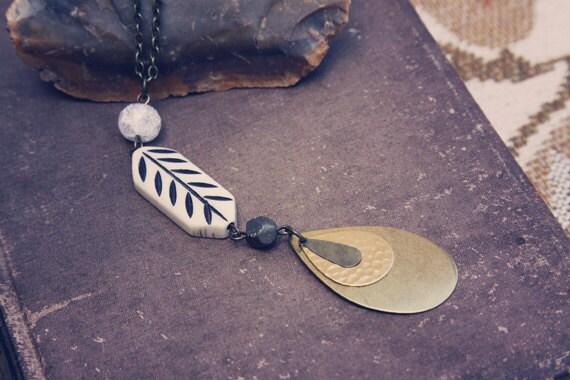 nova. a native teardrop & bone mixed elements necklace.