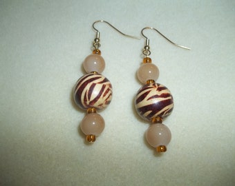 Tan & Brown Glass Beaded Earrings With Tiger Striped Wooden Beads