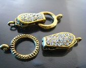 Finding - 1 Set of Vintage Gold Open Round Magnetic Buckle Ends Clasp Connector with Loop 22mm x 18mm