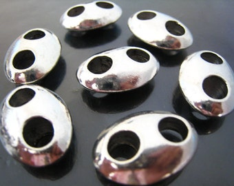 Finding - 2 pcs Silver Oval Shape Large Spacers Beads with Two Round Holes 25mm x 17mm x 8mm ( Inside 6mm Diameter )