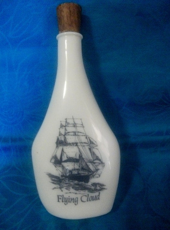 Vintage Old Spice Bottle Ships Flask Decanter Bottle Features Sailing Ship 'The Flying Cloud' Only 5 USD