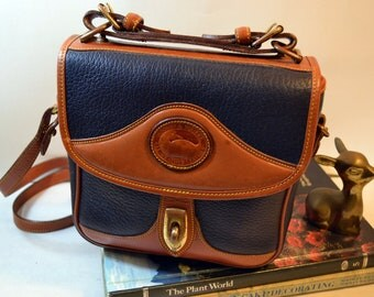 Vintage Dooney portfolio bag Small Briefcase Mail carrier Messenger bag Brown trim