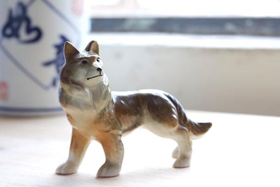ceramic dog (husky)